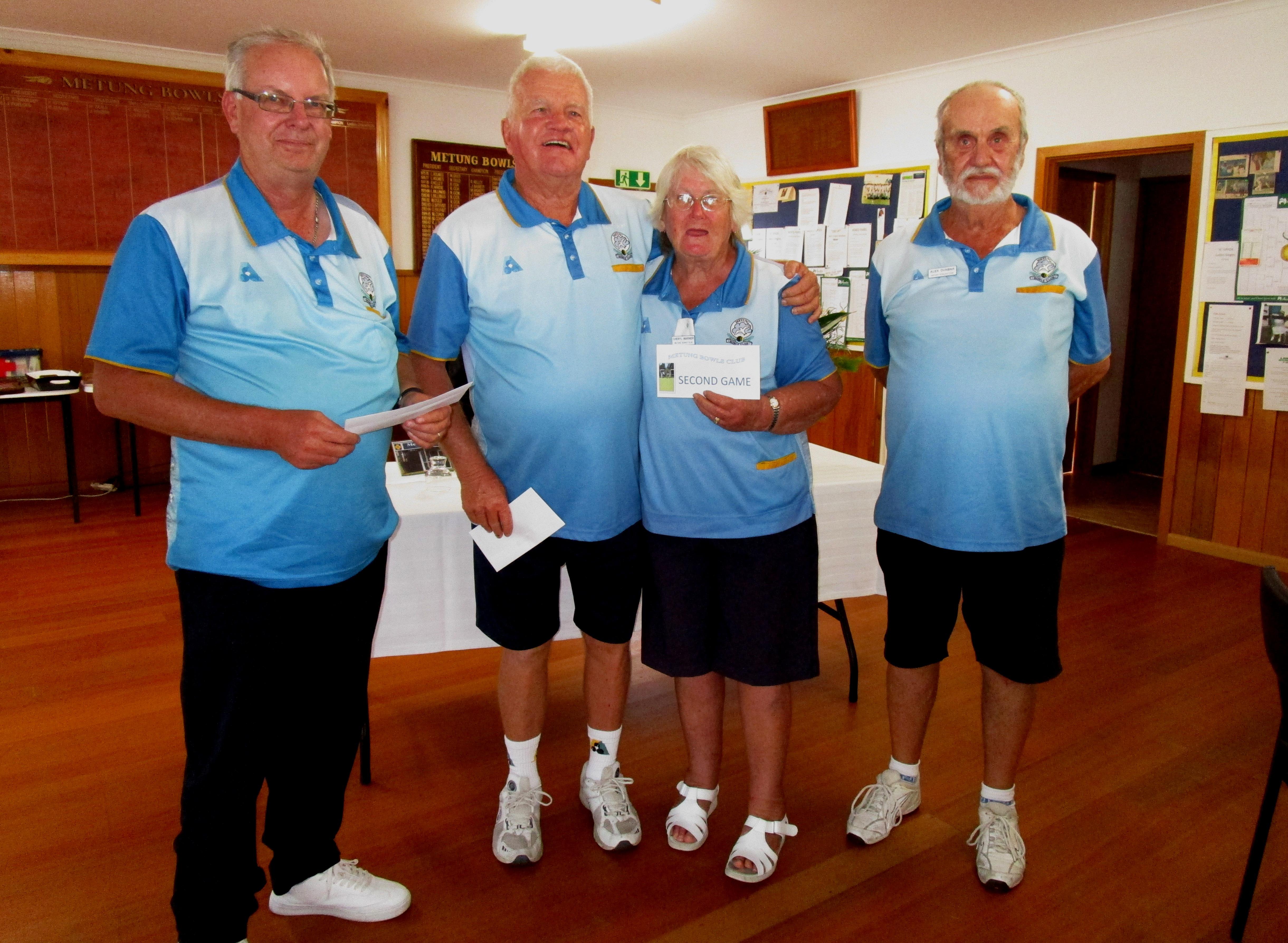 2nd game winners John Miller, Ken & Cheryl Warner & Alex Dunbar - Metung BC